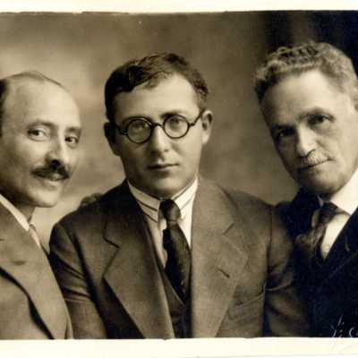 Writing the history of the Yiddish theater