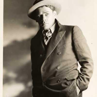 photo Paul Muni 1925 Kunst T Box93.jpg